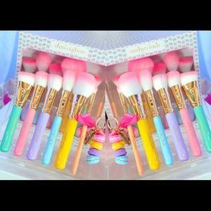 NIB Slmissglam Macaron 6 Brush Set Contour, Eye